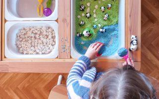 Recette du riz coloré pour bacs sensoriels